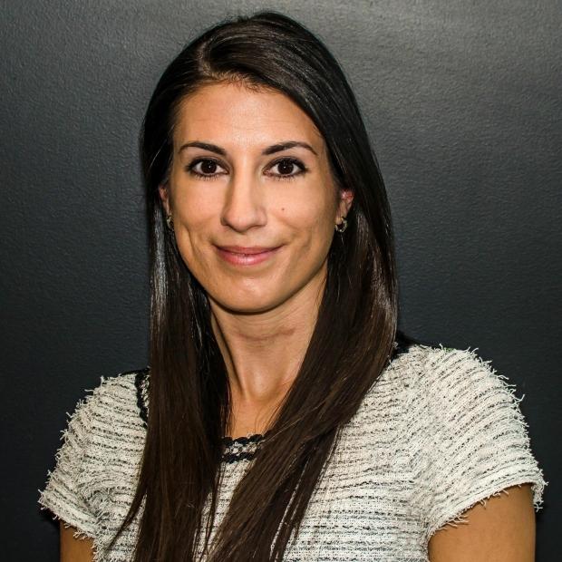 Vanessa Headshot